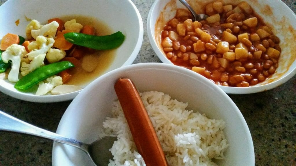 ice with baked beans potatoes vegetables